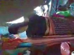 Sıcak Hint hizmetçi onun Boss cum onu büyük göğüsler gösteren serbest