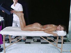 Pussy massage for Tattooed Yurizan Beltran