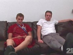 2SCM - Ashton & Rhettin tarkkailu