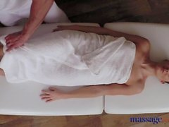 Massage Rooms Sexy client enjoys stud's cock