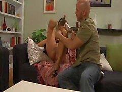 Tour de forage Pierce baise coquine porno de Monique Fuentes est juste au bon moment