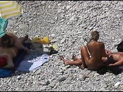Beach Voyeur four DR3