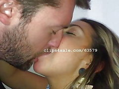 Dave och Samantha Kissing Video 5