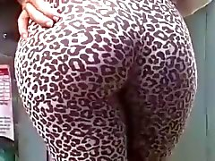 Tight ass jiggle in leopard leggins