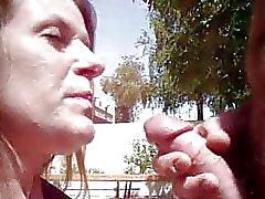 Hooker Facial bij het zwembad