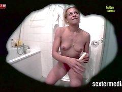 Zimmermaedchen heimlich gefilmt