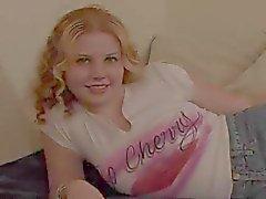 Cherry Poppens -suloisin Redhead - Creampie