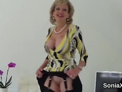 Unfaithful uk milf lady sonia pops out her big hooters