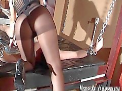 Facsitting and queening with Mistress Kelly Kalashnik