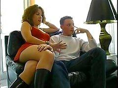 Young Couple Francese per prima volta La fotocamera