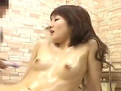 Japanese babe toying herself