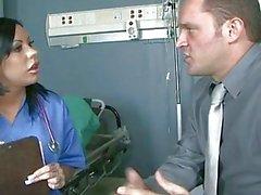 Salope infirmière essaye Sexual Healing