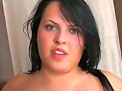 Роговой жиров красивые женщины Подростка Г.Ф. с большой сиськи играя со своей Pussy