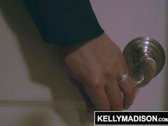 KELLY MADISON Appel à prix élevé Girl Valentina retient le préservatif
