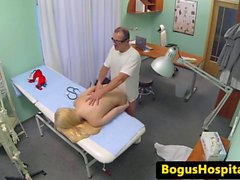 Amateur euro patient pussyfucked by doctor