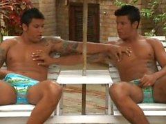 komea latino kaksosten