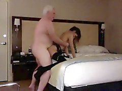 Großvater fucking a Slutty Klein Teenager