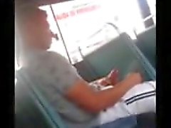 Huge Dick Caught om Bus
