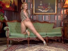 Pantyhosed4u - Aston Wilde Short Shif