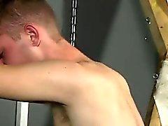 Adem FA grubunda kıçını alır twinks XXX kullanıcı Aiden güçsüz