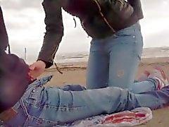 seghe e pompini in spiaggia da sessodammi