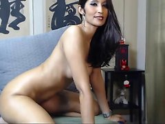 Web Camera Colombian latin babe bulky toying vagina