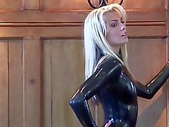 Nataschas Black Latex Catsuits Ärmel