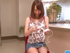 SErious toy insertion scenes for hairy Hito