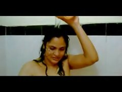 plumpy indian gf fucked in shower by her partner mms