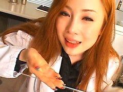 Aymu crépue Asian infirmier de 2 par les MyJPnurse