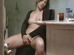Amatööri brunette kotitekoisia sukupuolen