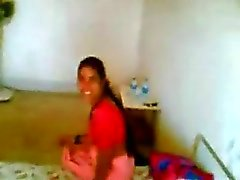 Northindian Aunty fucked by her BF in a Hotelroom