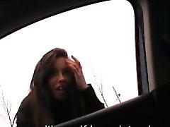Витой подростковой Джины Devine хлопнула и Jizzed заднем сиденье