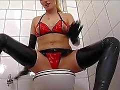 Blonde mistress use oil to give and take
