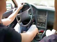 18yo Unkarin tyttö perseestäauton