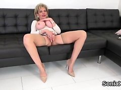 Unfaithful uk milf lady sonia shows off her big naturals
