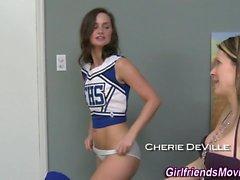 Teen licks cheerleader