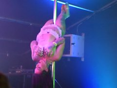 fit tattooed pole dancer video 1 uk