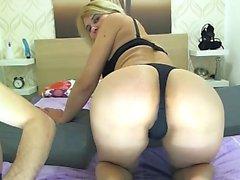 Amateur webcam girl stripping and fingering
