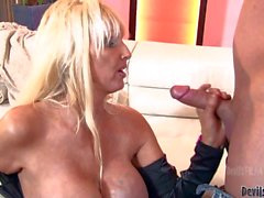 Mature MILF with gigantic tits gets nasty