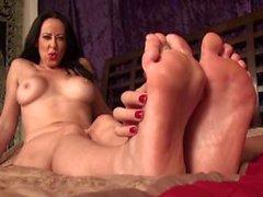Lesbian Foot worship 5