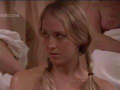 Brezo Vandeven desnudo en el única muchacha la sauna