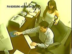 Verrassing Office Sex Caught On Camera
