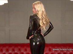 Сексуальная блондинка Fetish милашка Alessandras латекс одежда
