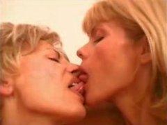 Büyükanne It 3 Way , Scene 4 Olgun Anne Sevdikleri