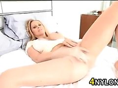 Blonde MILF Rips Her Sexy Pantyhose