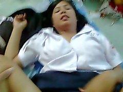 elev asiatiska tonårsbrud 11