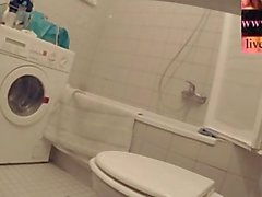 Bir Seçki cilt I - Tuvalet Girls