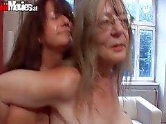 Old sluts go crazy dildo fucking their cunts