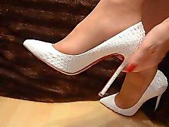 Les pieds dans nylon - Vidéo 9